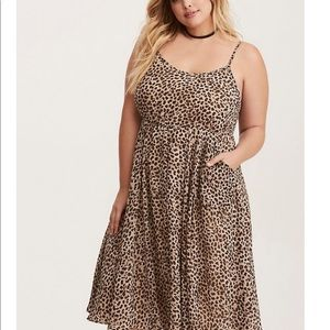Torrid leopard babydoll dress w/pockets!